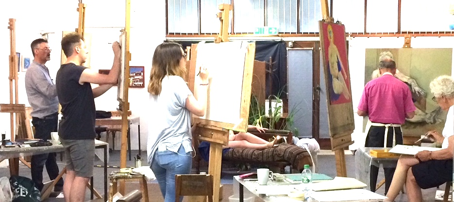 Life Draw Studio